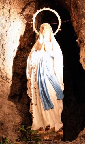 ND Lourdes réduit